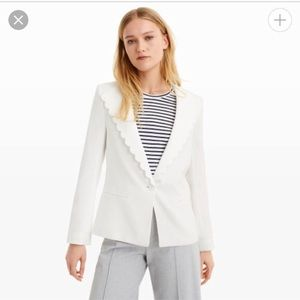 Club Monaco White Scalloped Blazer, size 0